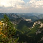 Touristic route in Cheile Bicazului – Peak Suhardul Mic