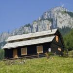 Touristic route in Ceahlau: Bicazul Ardelean village – Curmatura Stanile – Dochia Chalet