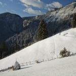Touristic Route: Bicaz Chei – Barnadu village – Criminis Peak – Munticelu – Cheile Sugaului Reservation