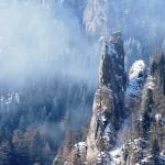 Ceahlau Mountain enveloped in Baba Dochia's mysterious legend