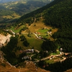 Mountain villages, wonderful landscapes: Bârnadu – Trei Fântâni – Izvorul Alb
