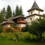 The Holy Week – time for a meaningful trip to the monasteries in Neamţ