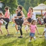 Keep fit and have fun! Pilates and zumba on the shore of Lake Bâtca Doamnei