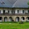 neamt-monastery-hermitage-carbuna