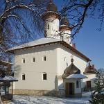 09-iarna-satele-varatec-agapia-ian-2013